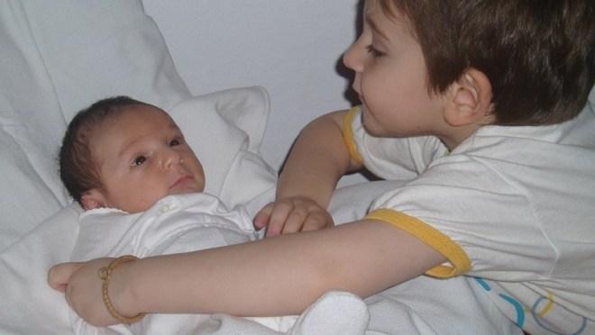 7 dicas para contar que seu filho terá um irmão caçula