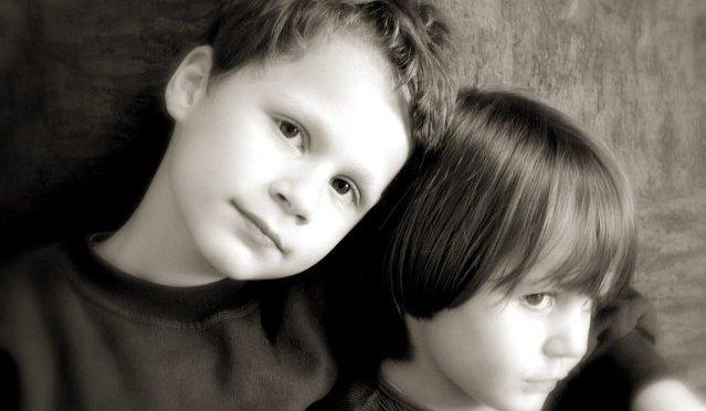 Briga entre irmãos: o que fazer
