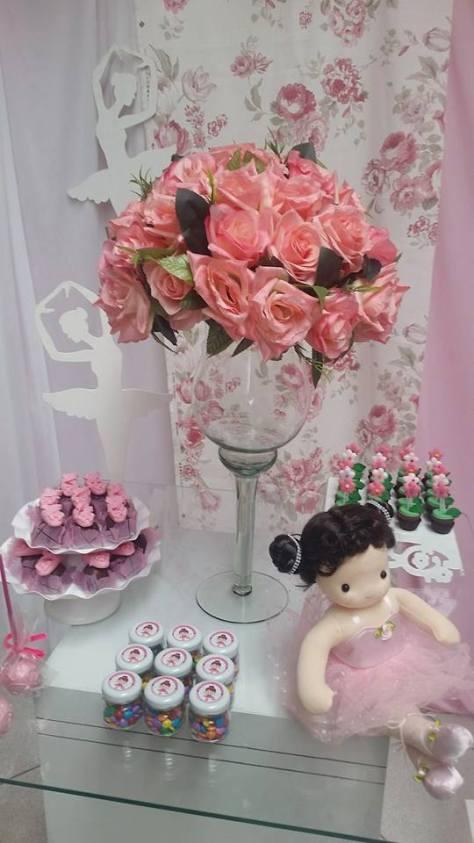 doces e decoração para festa bailarina