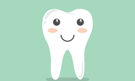 Como Lidar Com os Primeiros Dentinhos?
