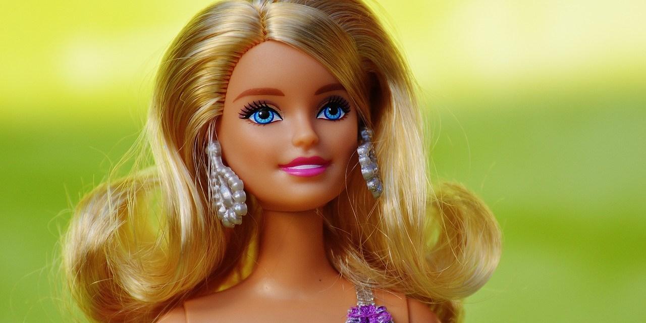 Barbie apoia meninas a atingir seu máximo potencial