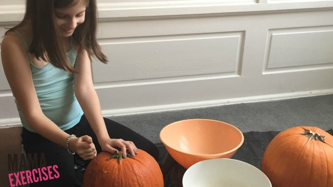 Pick the perfect pumpkin for lots of roasted pumpkin seed yumminess! - MamaExercises.com