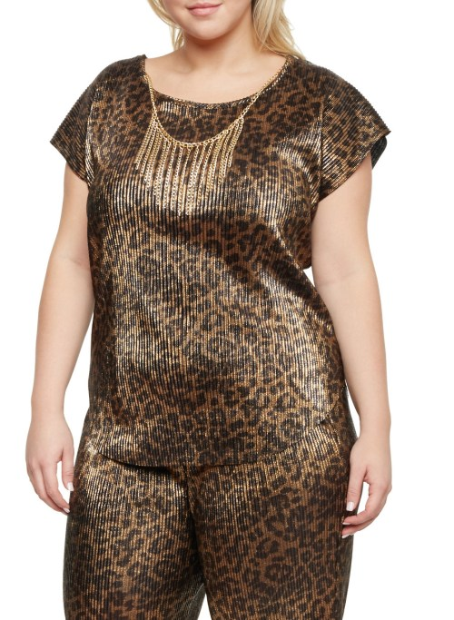 Plus Size Crinkled Top with Necklace