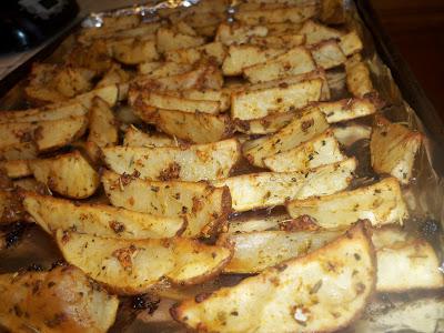 Garlic and Herb Seasoned Potato Wedges