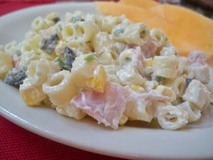 Easy Ham and Jalapeño Macaroni Salad