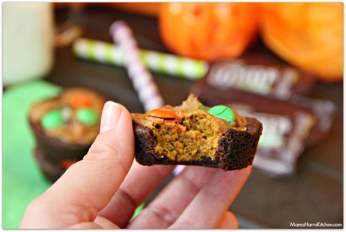 Pumpkin Brookies with M&M's - Mama Harris' Kitchen #InfinityHeroes #shop #cbias