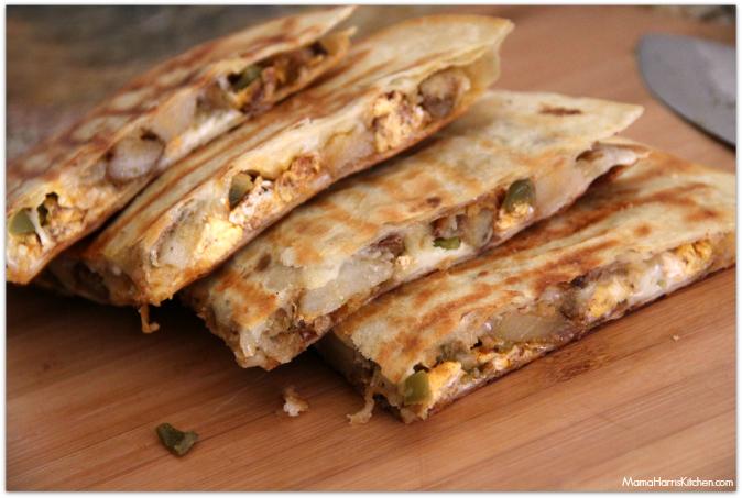 chorizo, egg and potato breakfast quesadilla with chipotle sauce #VivaLaMorena #shop #cbias - Mama Harris' Kitchen