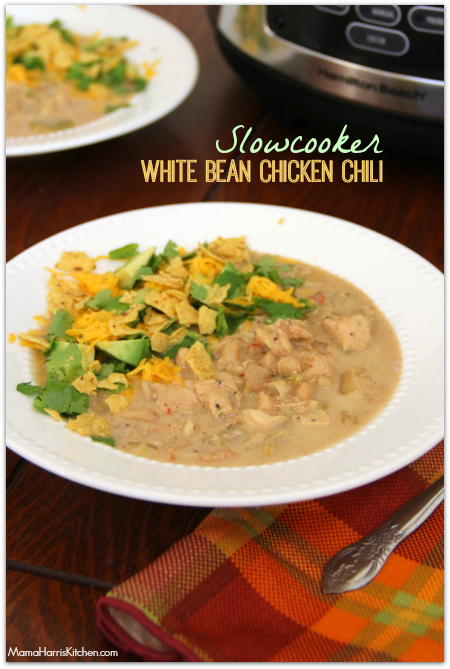 Slowcooker White Bean Chicken Chili #SlowcookerMeals - Mama Harris' Kitchen