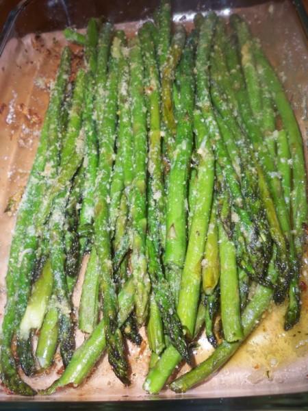 Thanksgiving for the Vegetarian - 12 Recipe Ideas - garlic parmesan roasted asparagus   Mama Harris' Kitchen