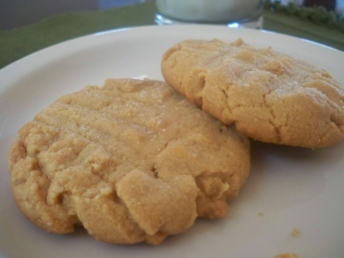 Classic Peanut Butter Cookies - 15+ Cookie Recipes from Mama Harris' Kitchen | Mama Harris' Kitchen