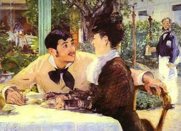 Der Kellner hält sich im Hintergrund und interveniert bei Bedarf blitzschnell
