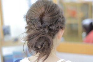 卒園式のママの髪型がロングの簡単ヘアアレンジ7選