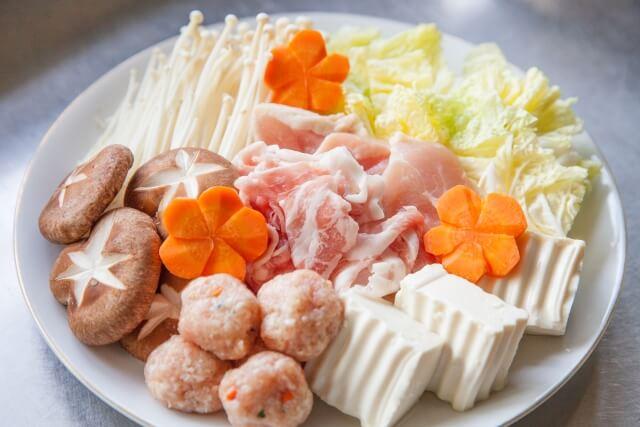 鍋の具材は入れる順番で味が変わる?美味しい鍋を食べるために!
