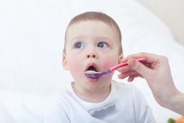 1歳の離乳食レシピ3選!献立メニューから量や味付けを参考に!