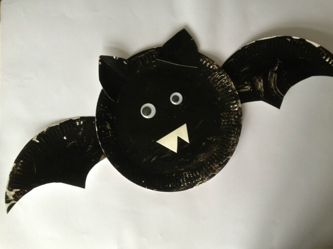 how-to-make-paper-plate-bats