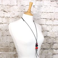 FLORA TEETHING PENDANT red BLACK 3 - Flora teething necklace pendant silicone Red black