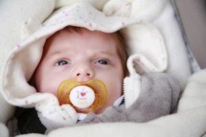 赤ちゃん 寝ない 1か月