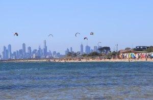 100均の凧やカイトで凧揚げするコツと注意点