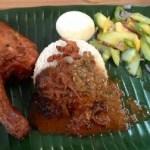 Kafe Warisan: Nasi Kukus Ayam Goreng Berempah
