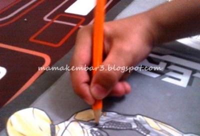 Cara pegang pensil