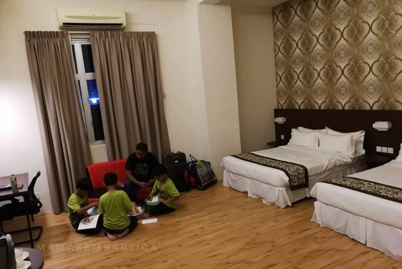 Casa Bonita Hotel Melaka bilik Deluxe Quad