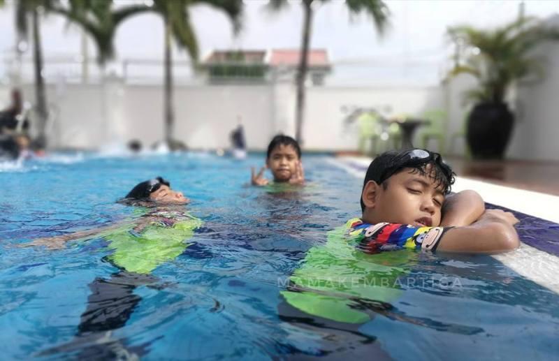 Casa Bonita Hotel Melaka kolam renang