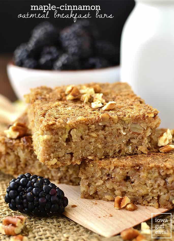 Maple-Cinnamon-Oatmeal-Breakfast-Bars-iowagirleats-01