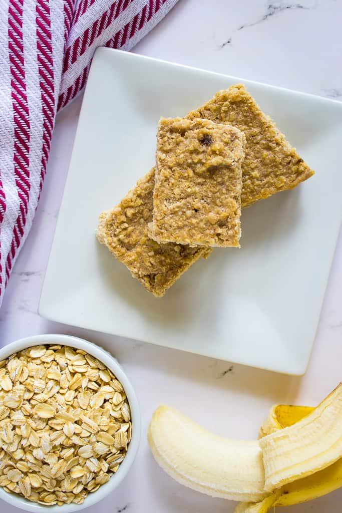 Oatmeal Bars | mamaknowsnutrition.com