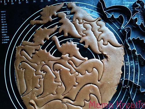 Backen mit Kindern Dino Kekse