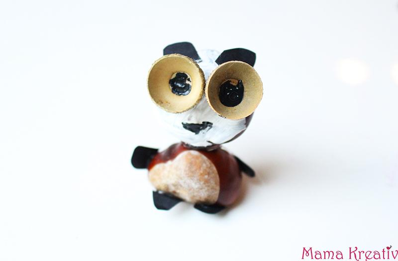 Basteln mit Kastanien für Kinder: Kastanientiere Tiere basteln Panda