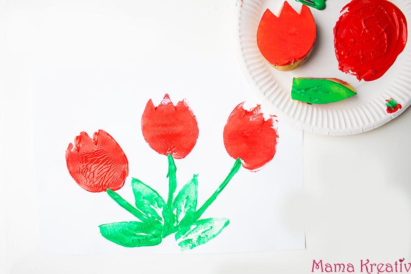 Malen im Frühling mit Kindern Kartoffeldruck Tulpen