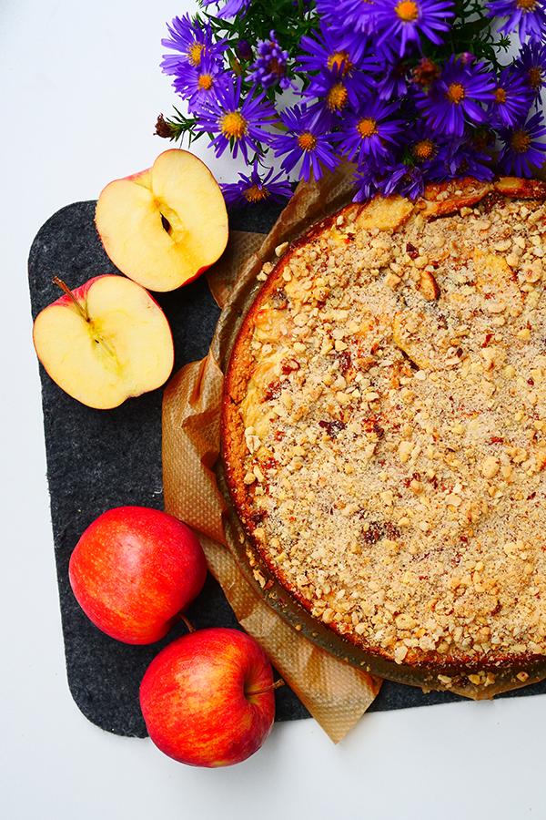 Apfel-Haferflocken Kuchen mit Schmandguss