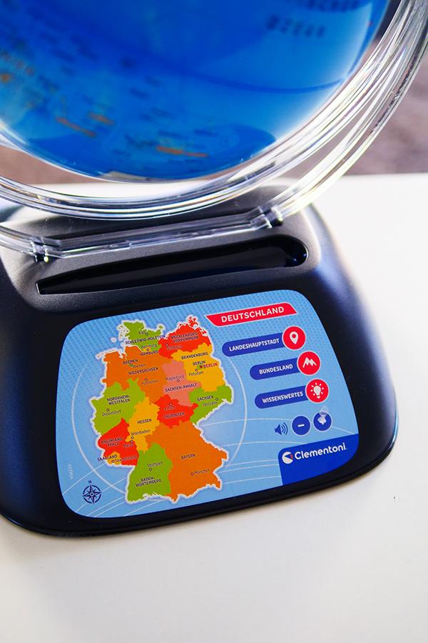 Spielerisch die Welt entdecken mit dem Digitalen Globus von Clementoni Erdkunde lernen mit Kindern Produkttest Geschenkidee Weihnachten Geburtstag
