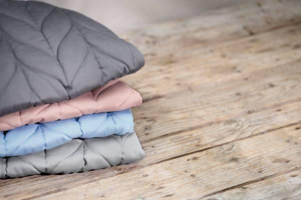 BABYBJÖRN gultukas Bliss Petal Quilt Cotton, Anthracite