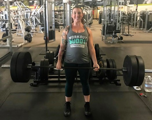 Pregnant powerlifter