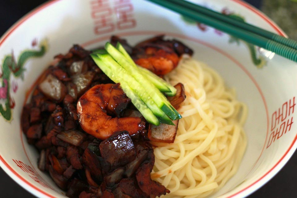 how to make black bean noodles