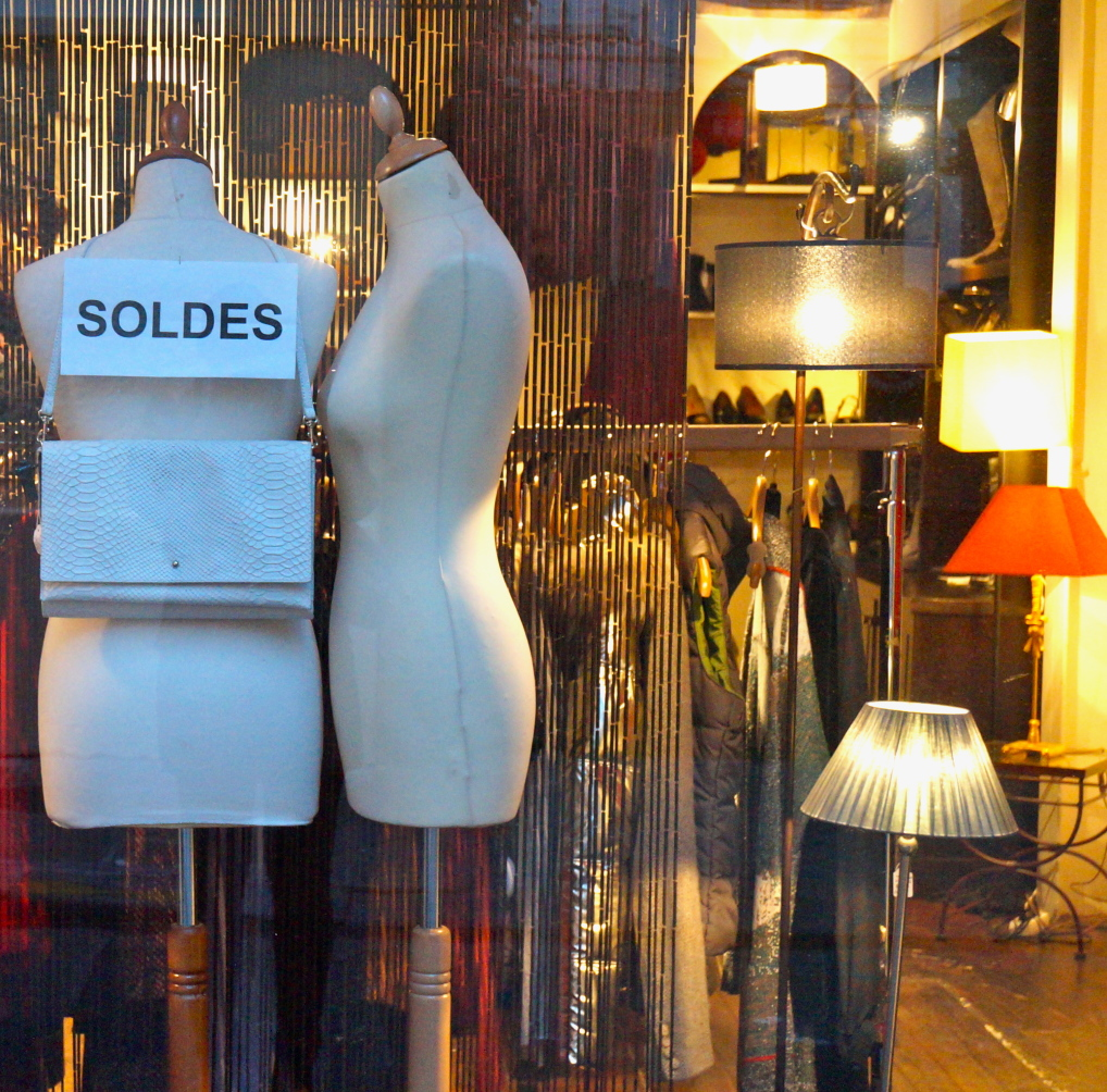 Shopping in Paris - Solde! Sales! Bargains!
