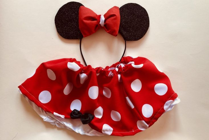 Falda Minnie Mouse.