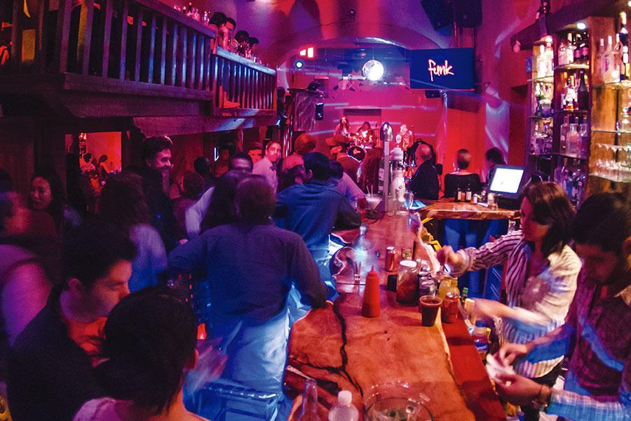 MAMA's Bar San Miguel de Allende