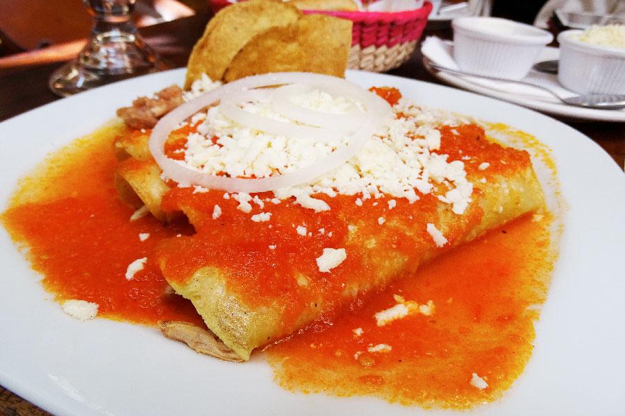 Entomatadas Desayuno MAMA MIA San Miguel de Allende