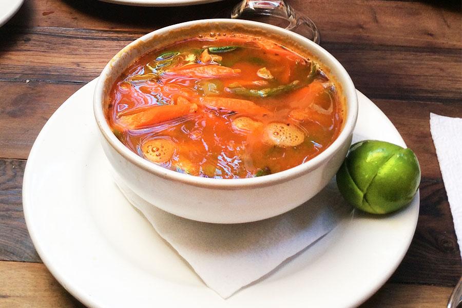 Sopa de Mariscos MAMA MIA