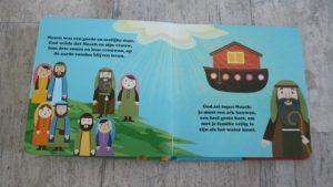 Recensie de kleine verhalendoos ark van Noach boekje begin