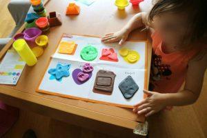 cadeautips voor een leuke prijs. play-do kleuren en vormen leren