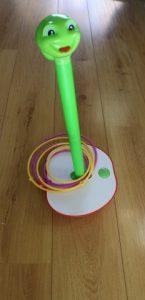 Wobbly worm, het spel voor kleine en grote kinderen in elkaar