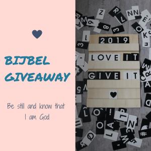 Love it, give it. Een bijbel winactie voor jou. Wat je lief hebt moet je delen. Dus kun je dit jaar een bijbel bij mij winnen. Kijk op instagram om mee te doen.