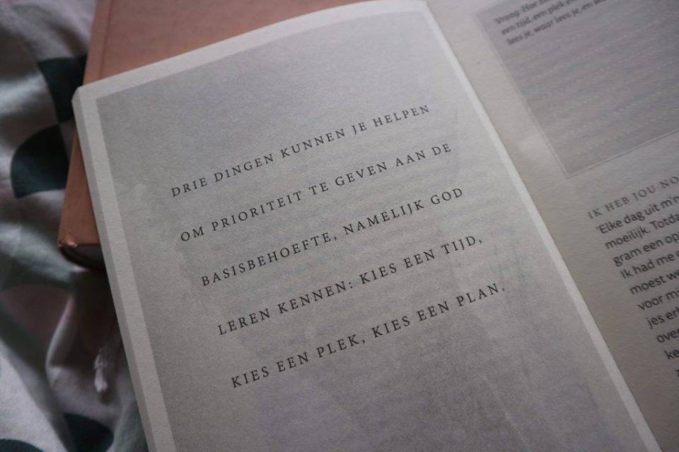 Quote Zij lacht guide