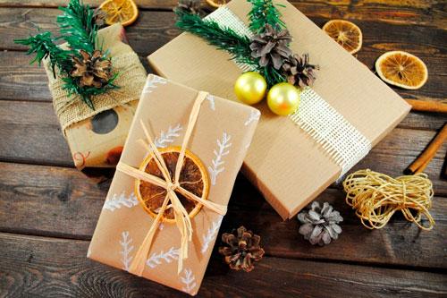 Enkel og smuk gaveemballage med egne hænder til det nye år 3