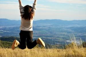Bouger et s'oxygéner en psychologie positive : l'exercice physique génère des émotions positives.