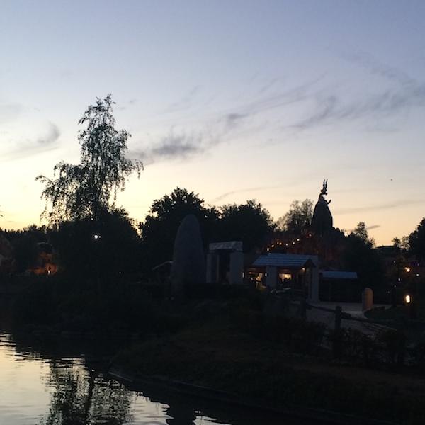 parc-astérix nocturne