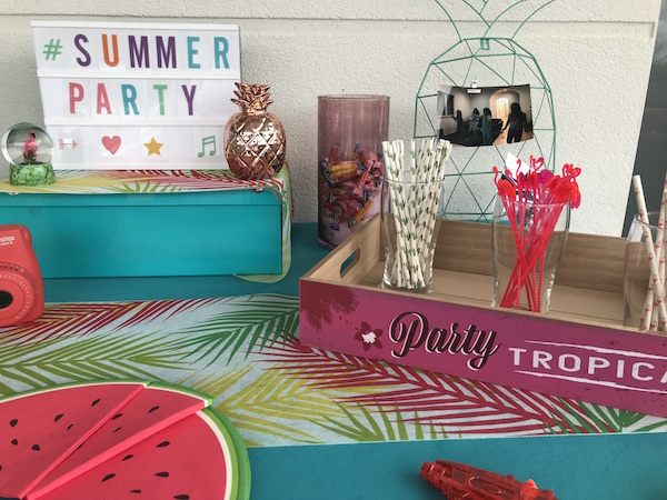 summer party déco sweet table